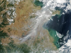 Satellite eye on earth: A broad band of smoke and haze continued to hang over eastern China
