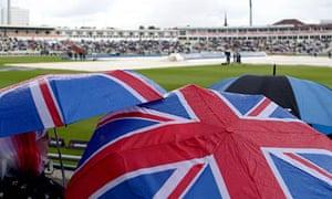 Rain delays the start of play at the Third ODI at Edgbaston