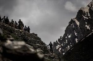 FTA: Daniel Berehulak: Hindu pilgrims make their pilgrimage to the sacred Amarnath Cave