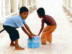 IFSW social work: Tonle Sap