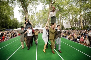 Chap Olympiad 2012: Teams take part in Ironing Board Surfing