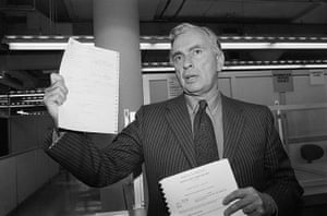 Gore Vidal obituary: 1982: Author Gore Vidal holds up his candidacy papers