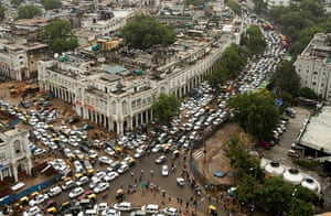 India blackout ends: Streets are packed with heavy traffic in New Delhi