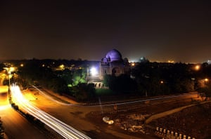 India blackout ends: A sparsely illuminated historical monument in New Delhi