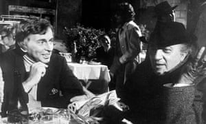 Gore Vidal, left, with Federico Fellini during the filming of Roma