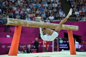 blunders gallery: US Gabrielle Douglas falls off the beam