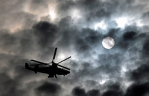 24 hours : A KA-52 hellicopter during a celebration in Zhukovsky, Russia