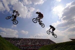 Guardian Bestpics: Mens's BMX racing