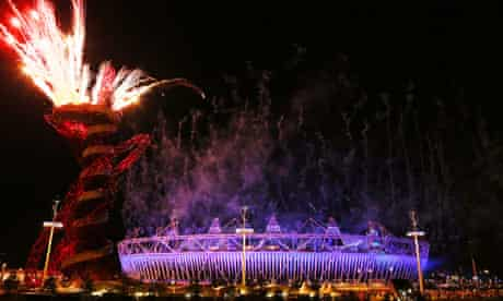 The London 2012 Olympic closing ceremony lights up the sky of western Europe's biggest capital