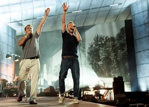 Blur in Hyde Park: Phil Daniels joins Damon on stage for Parklife