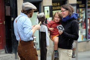 Reader's Edinburgh photos: Puppeteer from Trick of the light theatre by boneytongue on 3 August
