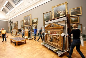 Pre-Raphaelites: Setting up the show