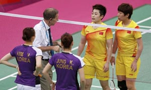 Olympic badmionton doubles champion Yu Yang, second from right