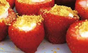 Pinterest-Cheesecake-stuffed-strawberries