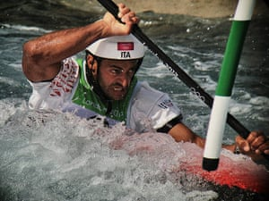 Dan Chung Gallery: Daniele Molmenti paddles his way to win Gold