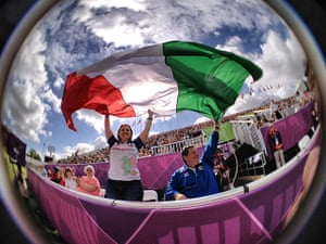 Dan Chung Gallery: Italian supporters at the Women's individual archery