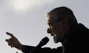 Mir Hossein Mousavi addresses a rally in Iran