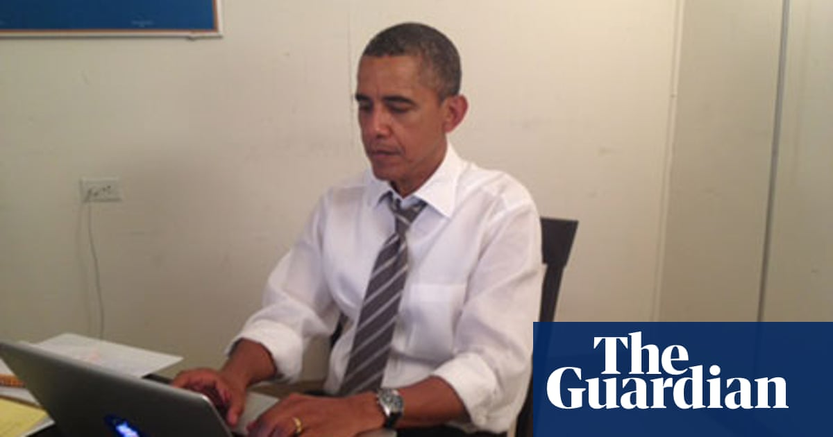 Barack Obama surprises internet with Ask Me Anything session on