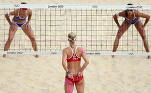 Graeme Volleyball: Ilka Semmler and Katrin Holtwick prepare to receive a serve