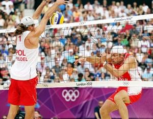 volleyball essay: Mariusz Prudel of Poland