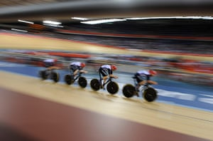 Tom Jenkins Cycling: Track cycling  - men's team pursuit first round  - CT002