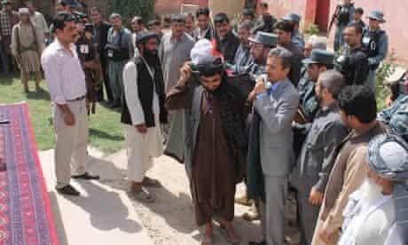 AFGHANISTAN-BALKH-TALIBAN FIGHTERS-SURRENDER