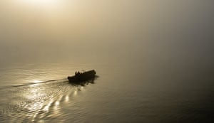 Your Pictures: Fade: Image of boat at sunrise