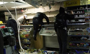 Looters during the UK riots