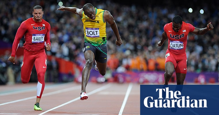 Usain Bolt wins the men's Olympics 100m final - in ...