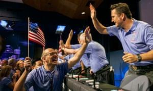 Nasa scientists celebrate the landing of Curiosity on Mars