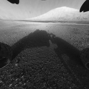 Mars Curiosity Rover : Behold Mount Sharp!