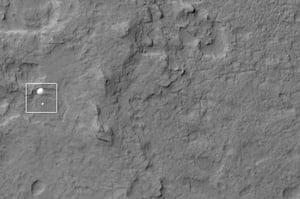 Mars Curiosity Rover : Curiosity Spotted on Parachute by Orbiter