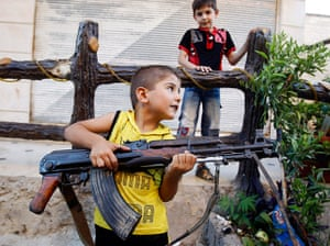 Syria Civil War: Photographer Goran Tomasevic covers the civil war in Syria