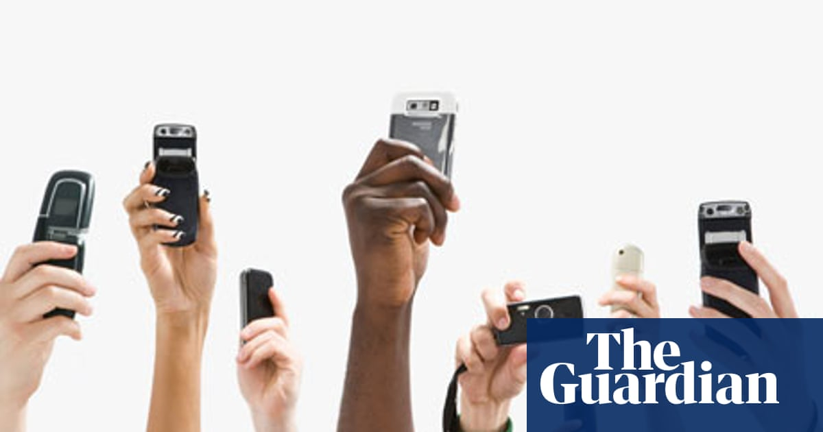 Mobile phones in the classroom: teachers share their tips