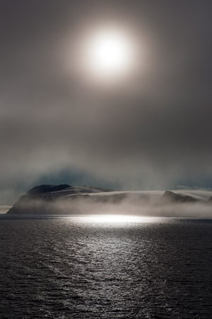 The Cold Edge: The island of Parryoya, Svalbard