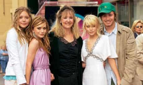 Elizabeth Olsen and family