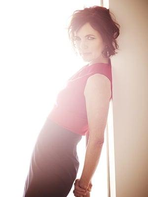 Elizabeth McGovern: Red top