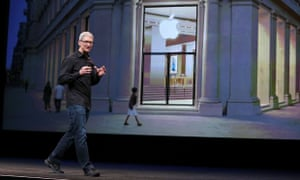 Apple Introduces iPhone 5 Tom Cook