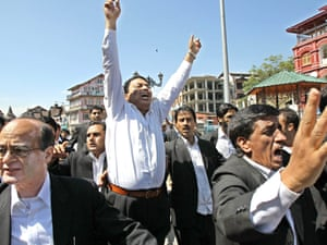 Kashmiri lawyers shout anti-US slogans during a protest, against an anti-Islam film made in the US, in Srinagar.