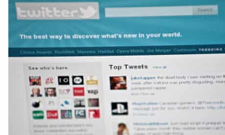 """""""There isn't a right or a wrong way"""" for public sector leaders to use new technology like Twitter."""