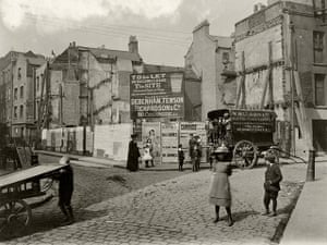 Spitalfields: At the junction of Seward St and Artillery Lane