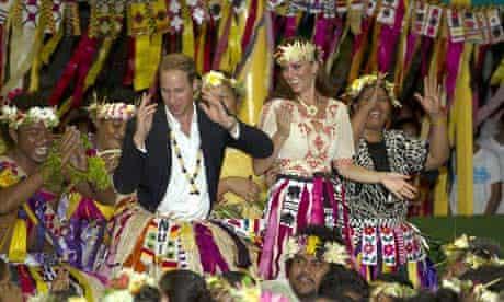 William and Kate dance at the Vaiku Falekaupule in Tuvalu