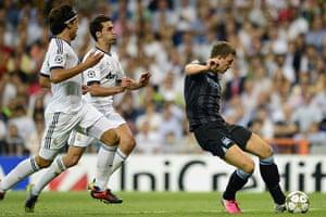 sport4: Manchester City's Bosnian forward Edin D