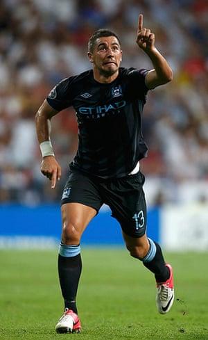 sport5: Manchester City's Aleksandar Kolarov