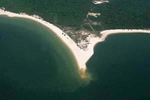 Brazil beaches: Amazonian River Beaches in Alter do Chao, Brazil