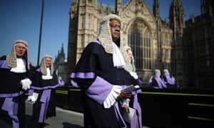 Judges walk to Westminster Abbey