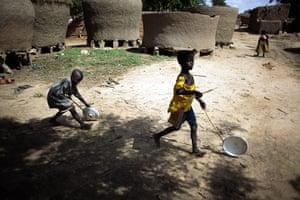 Niger Hunger Brides: from Hawkantaki village