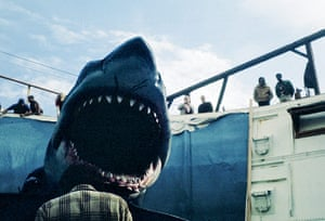 Jaws: A brand-new platform shark created solely for the underwater cage sequence