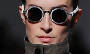 Fashion week in Paris is starting warm up with Croatian designer Damir Doma as part of Spring/Summer 2013 women's ready-to-wear fashion.