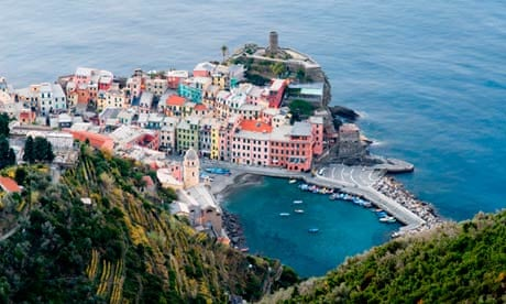 Italy To Impose Limits On Visitors To Cinque Terre With Tourist - 8 destinations putting a cap on tourist numbers